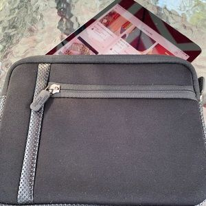 "Digital tablet case. Holds tablets 8""x6 1/4"" NWOT"